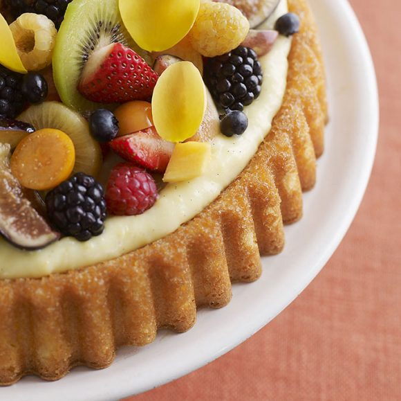 Fruit and flowers flan